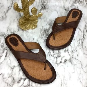 BOC born Zita brown leather sandals 10